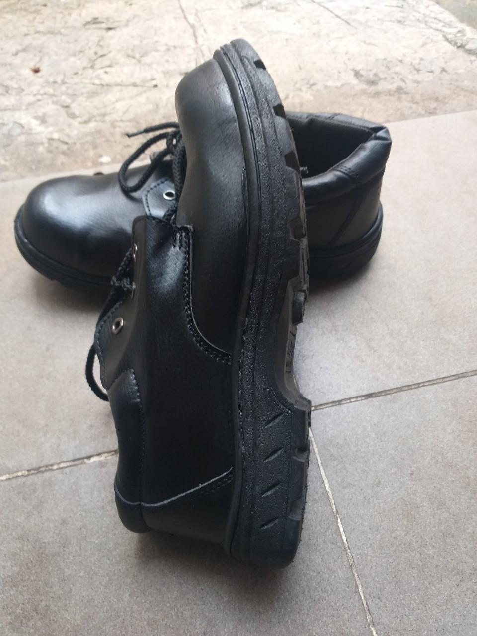 giày bảo hộ abc đế đúc chỉ đen